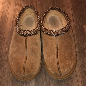 UGG Slippers Size W8